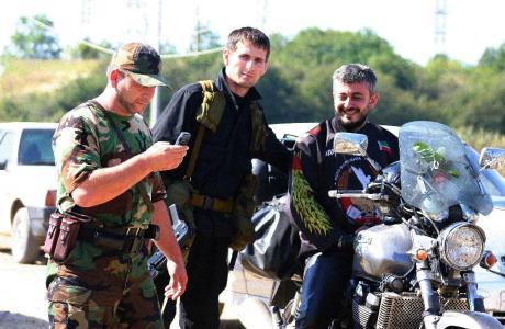 у горных братьев. Чечня, 2005